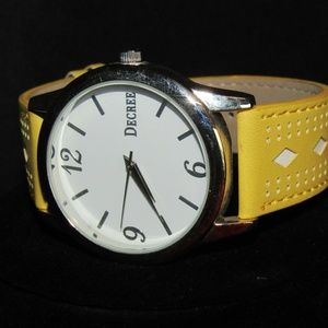 Decree wristwatch NWOT